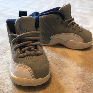 Nike Air Jordan 12s - 4C